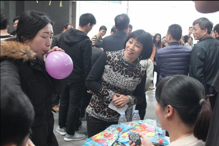 广东东泰乳业有限公司3.8趣味活动